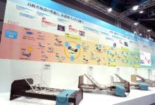 パラマントベッド株式会社 国際福祉機器展 H.C.R.2019 展示ブースの壁面年表  -エジマデザイン- 江島 快仁